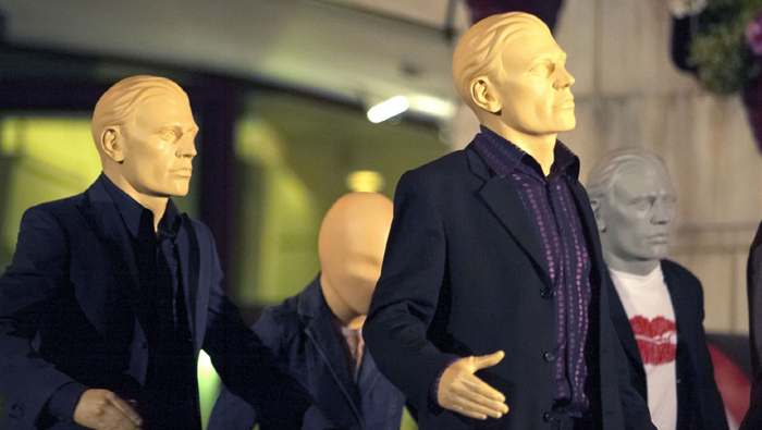 C001 Rose Doctor Who Autons attack London