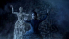 clara-and-ice-lady-fall-to-their-deaths-the-snowmen-doctor-who-back-when
