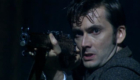 tennant-rifle-gun-weapon-doctor-who-back-when-the-family-of-blood